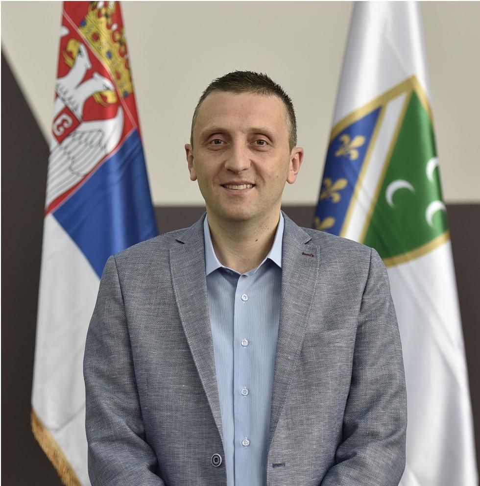 Dr. Faruk Pašović
